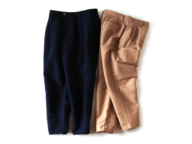 DIGAWEL(ディガウェル)/2TUCK TAPERED CROPPED PANTS